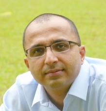 Dr Akshay Bhinge