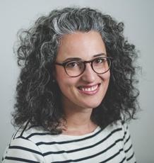 Dr Carolina Coelho