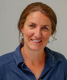 Dr Caroline Wright