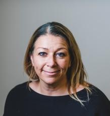 Professor Elaine Bignell