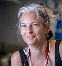 Dr Kirsten Thompson