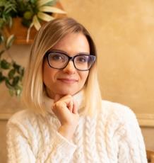Dr Olga Nev