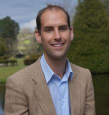 Dr Thomas Fox