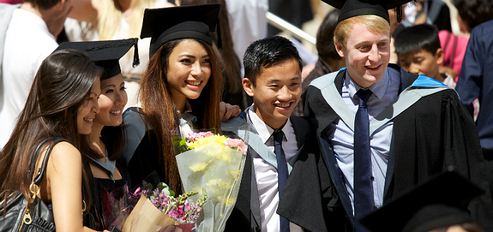 undergraduate courses for international students Online degree programs and international students online undergraduate degrees follow the same type of curriculum that their counterpart in classroom setting courses do online undergraduate degrees are as respected as traditional degrees.